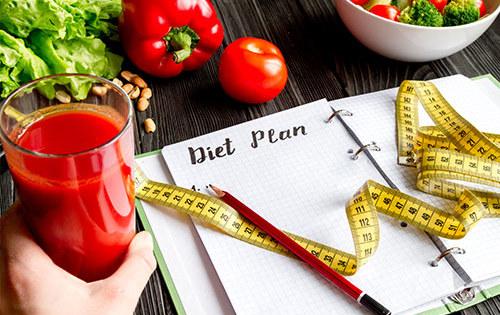 Żywienie w chorobach*, osób z nadwagą lub otyłością,  z niedowagą, dzieci małych, w wieku przedszkolnym i szkolnym, młodzieży, osób starszych, żywienie karmiących mam